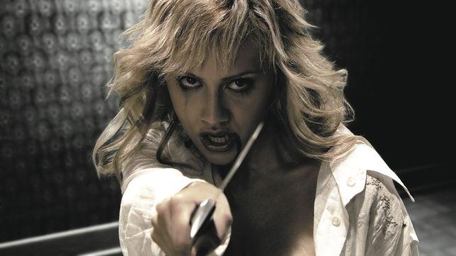 """Brittany Murphy w filmie """"Sin City: Miasto grzechu"""" (2005)"""