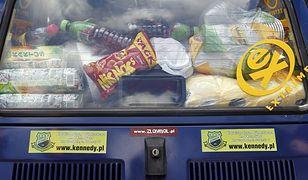 Niezabezpieczone zakupy na tylnym siedzeniu mogą zabić