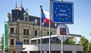 Czechy: Emeryt pozorował ataki terrorystyczne, winę zrzucał na islamistów. Grozi mu kilkanaście lat więzienia
