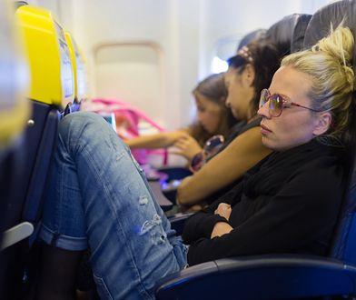 Podczas startu i lądowania samolotu lepiej nie spać