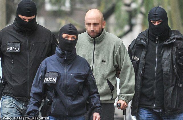 Krystain W. zwany Krystkiem na przesłuchaniu w gdańskiej prokuraturze.