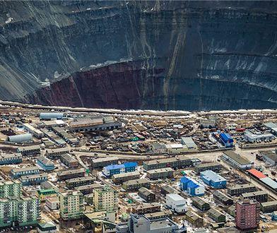 Miasto Mirny liczy 39 tys. mieszkańców.