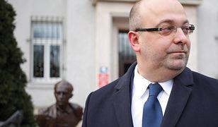 """""""Farma trolli"""" w Ministerstwie Sprawiedliwości. Łukasz Piebiak wróci do orzekania dopiero w grudniu. Wziął urlop"""