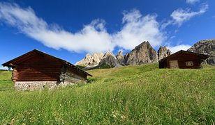 Alpejska osada wystawiona na sprzedaż na portalu aukcyjnym