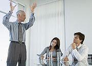 Firmy chętniej dają nowe etaty