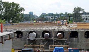 Prace przy odbudowie mostu Łazienkowskiego idą pełną parą