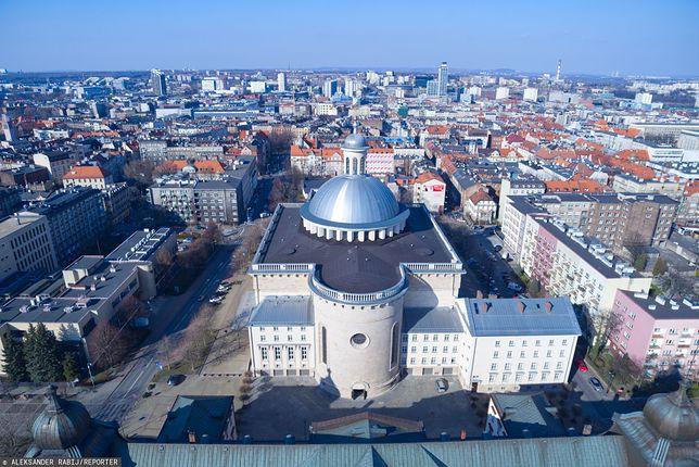Koronawirus w Polsce. Kuria Metropolitarna w Katowicach zamknięta