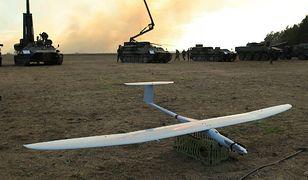 Dron na wystawie sprzętu wojskowego podczas Międzynarodowych ćwiczeń wojskowych Anakonda-14 w Orzyszu