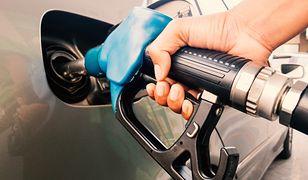 Ceny paliw. Z powodu pandemii benzyna tanieje w szalonym tempie