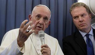 Greg Burke, były rzecznik prasowy Watykanu z papieżem Franciszkiem