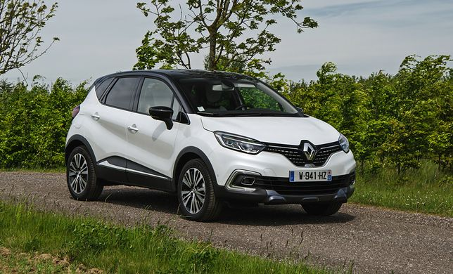 Nowy Renault Captur Initiale Paris: premium, które nie jest premium