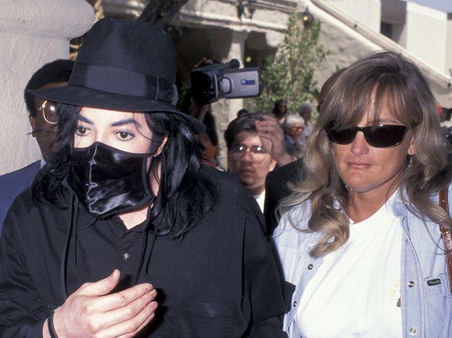 Michael Jackson i Debbie Rowe w 1996 r.