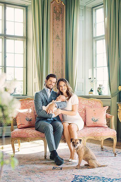 Szwedzki dwór opublikował nowe fotografie 4-tygodniowego księcia Alexandra