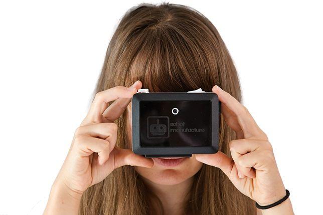 Urządzenia Blindtuch pozwoli niewidomym robić zdjęcia, które później będą mogli obejrzeć.