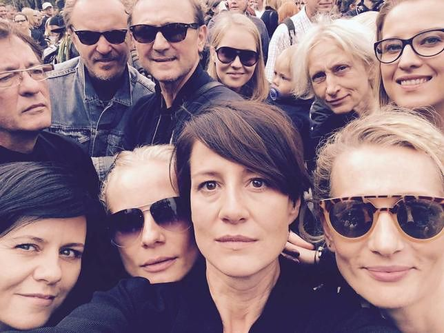Magdalena Cielecka, Maja Ostaszewska, Andrzej Chyra oraz inni artyści na proteście