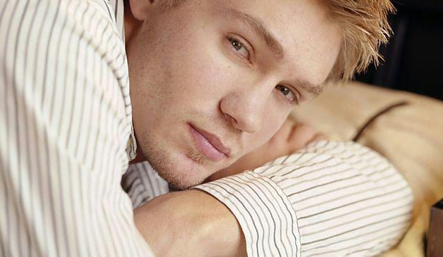 """Scruples"": Chad Michael Murray fotografem u Natalie Portman"