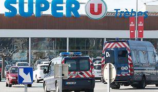 W piątkowym zamachu na południu kraju zginęły cztery osoby, a 15 zostało rannych