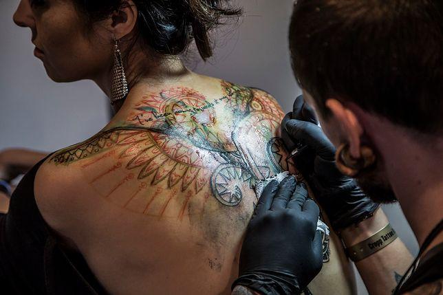 Tatuaż na plecach ze święta tatuażu w Gdańsku