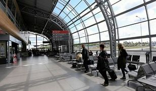 Syryjczycy próbowali dostać się nielegalnie do Warszawy. Usłyszeli zarzuty