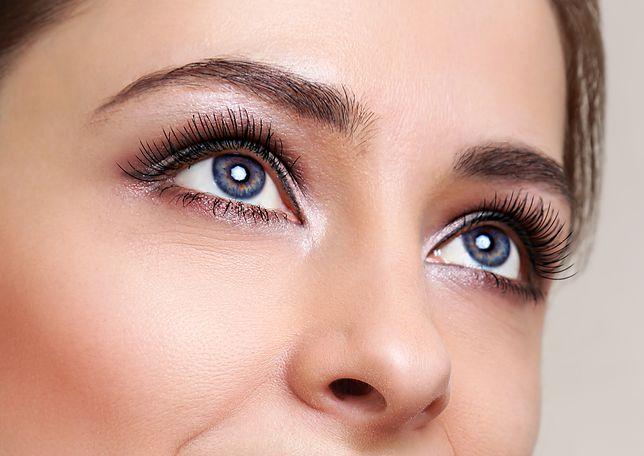 Makijaż, który skutecznie powiększy oczy nie musi zajmować dużo czasu