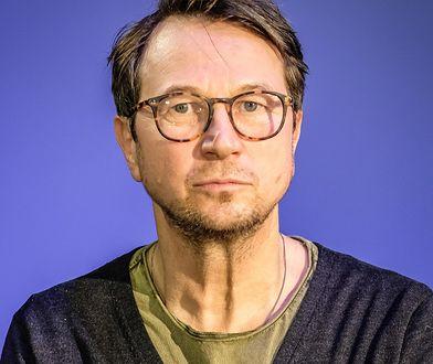 Piotr Cyrwus ma na koncie znany serial, ale to jego role w filmach ostatnio robią furorę