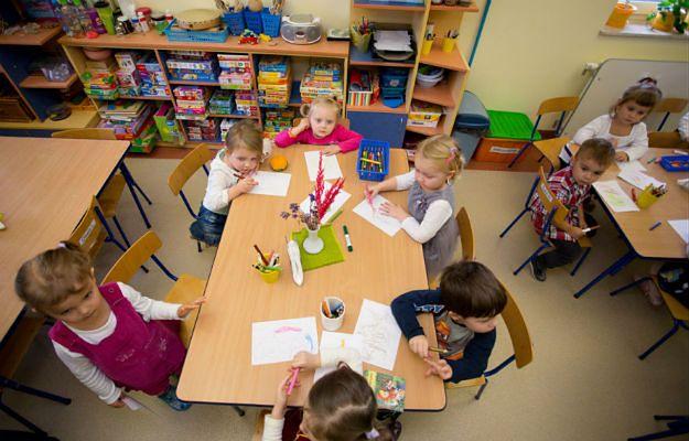 """""""Sześciolinia"""" już działa w Krakowie. Rodzice 6-latków mogą zasięgnąć opinii ekspertów"""