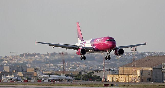 Wizz Air zawiesił loty do i z Polski