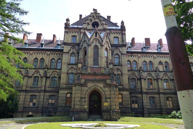 Pałac z mroczną historią. Jego mury wciąż pamiętają płacz noworodków i krzyk kobiet
