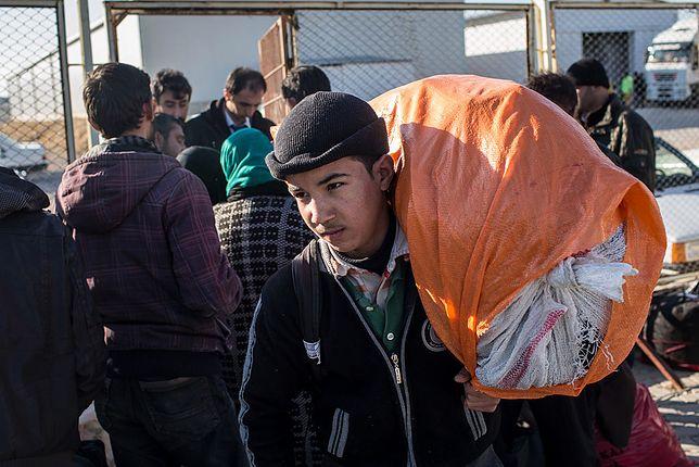 Włochy chcą przenieść 10 tys. uchodźców do UE