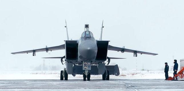 """Rosja zwiększa kontrolę nad Arktyką i """"Północną Drogą Morską"""""""