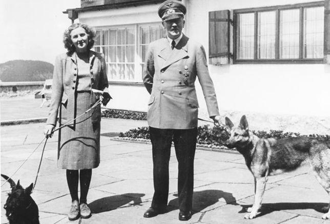 Adolf Hitler z Ewą Braun w Berghofie