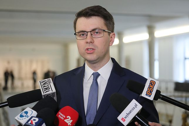 Rzecznik rządu Piotr Mueller skomentował listy poparcia do KRS