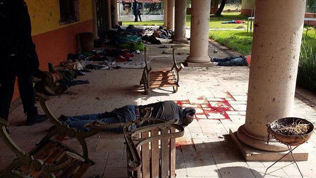 Do 43 wzrosła liczba ofiar strzelaniny w Meksyku