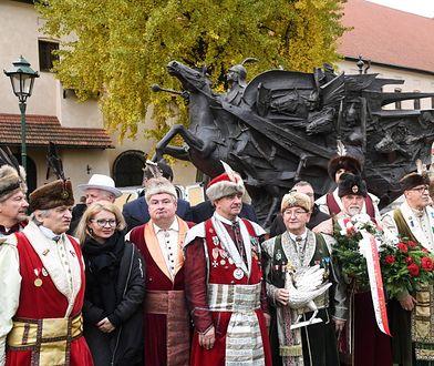 Pomnik Jana III Sobieskiego odwiedził Kraków. Do Wiednia wpuścić go nie chcą