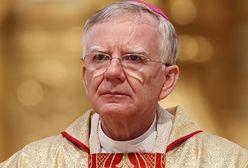 Wierni nie wrócą do Kościoła. Winne są skandaliczne wypowiedzi biskupa