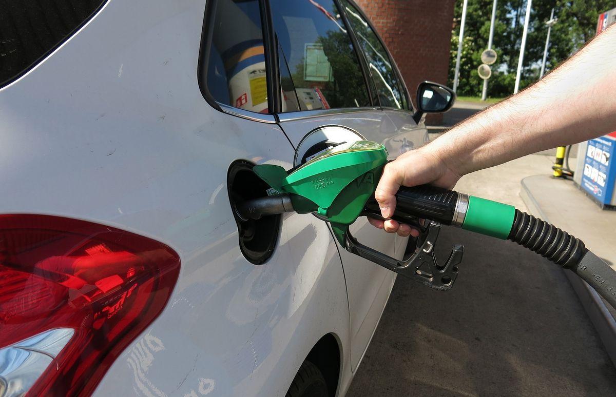 Ceny paliw w górę. Trzeba dobrze się przyglądać, gdzie tankujesz