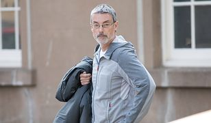 Simon Hayes przed sądem