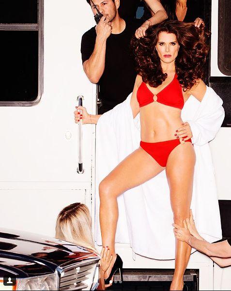Brooke w najnowszej kampanii reklamowej [instagram.com](https://www.instagram.com/p/BjC6AWxgDze/?hl=pl&taken-by=brookeshields)