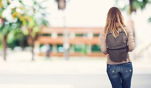 Jak wiele młodych dziewczyn da się skusić reklamie?