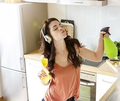 Środki do czyszczenia znajdziemy w kuchni