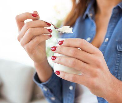 Dieta jogurtowa trwa 14 dni, a średnia jej kaloryczność wynosi 1200 kcal