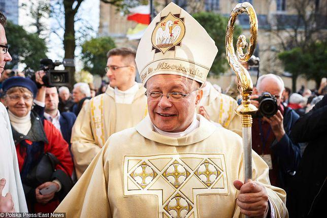 Ingres arcybiskupa Grzegorza Rysia, który został pasterzem łódzkiego Kościoła