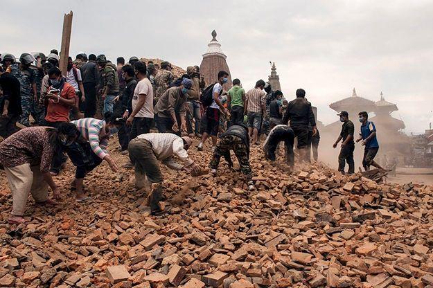Liczne wstrząsy wtórne utrudniają akcję ratunkową