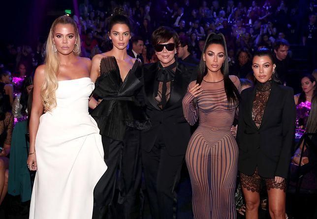 Kardashianki piją polską wódkę. Kris Jenner zdradziła świąteczną tradycję