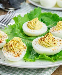 Zdrowe jajka? Niekoniecznie – sprawdź z czym nie wolno ich łączyć!