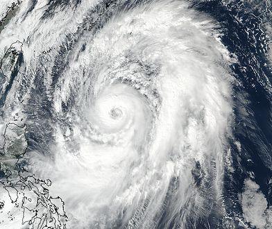 Z powodu tajfunu część lokali wyborczy była w niedzielę zamknięta