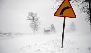 Pogoda. Ostrzeżenia IMGW. Silne opady śniegu i zamiecie