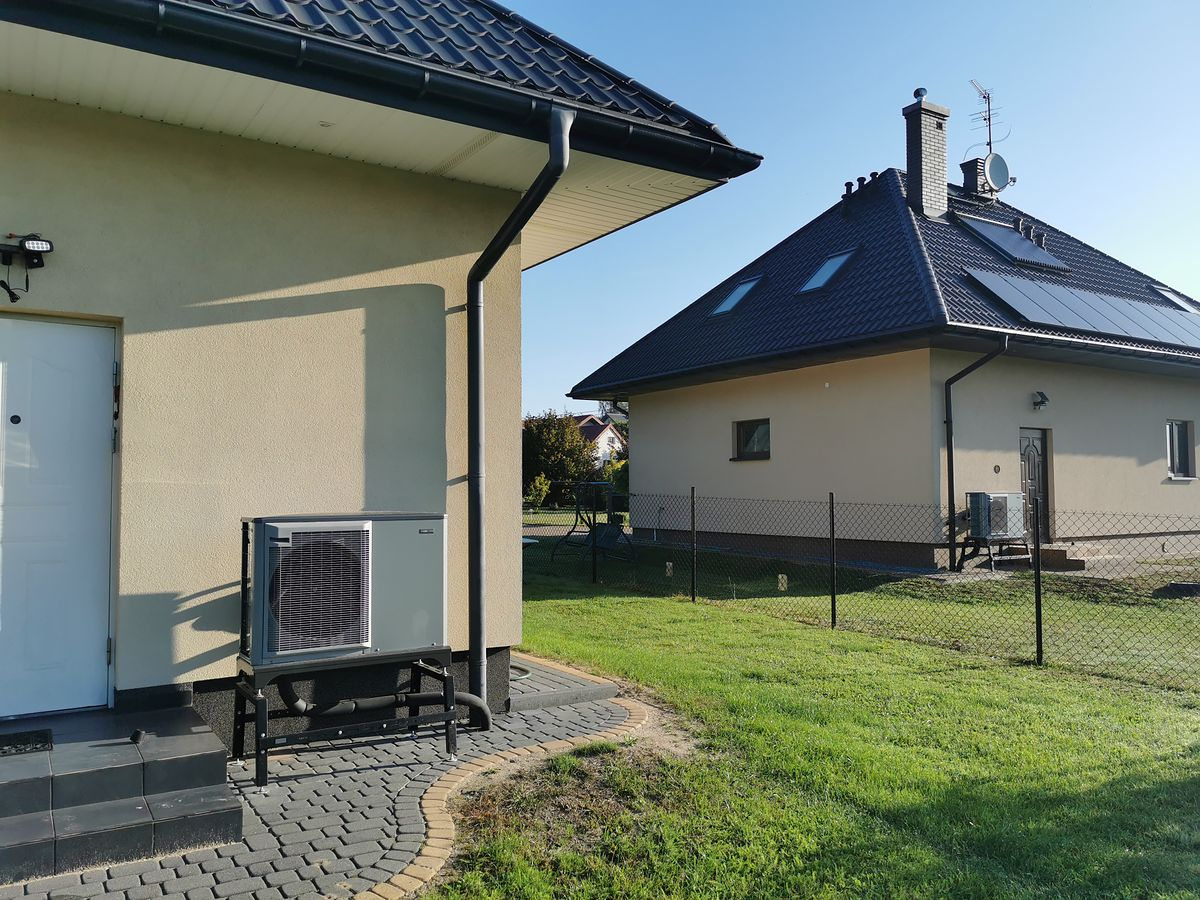Pompy ciepła NIBE zapewniają nie tylko ekologiczne ogrzewanie domu, ale doskonale chłodzą go w upały
