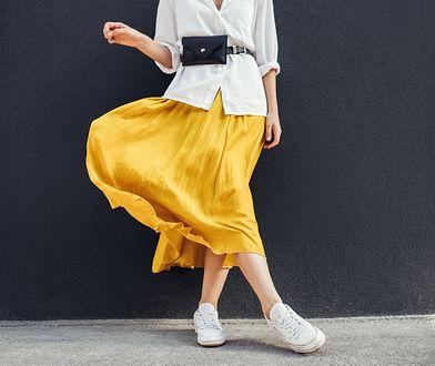 Najmodniejsze spódnice na lato. Jakie fasony warto nosić w tym sezonie?
