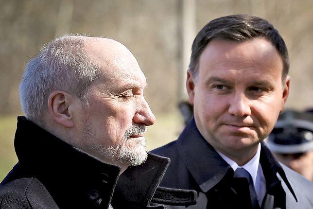 """Antoni Macierewicz nie komentuje decyzji Andrzeja Dudy. """"Minister nie powinien"""""""